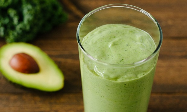 Avocado Kale Superfood Smoothie | www.kitchenconfidante.com