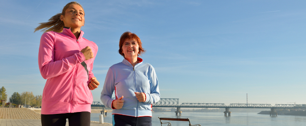 http://www.dreamstime.com/stock-image-mother-daughter-jogging-image27518801